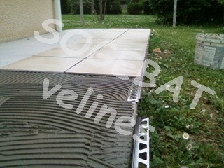Carrelage exterieur for Pose plinthe carrelage angle saillant
